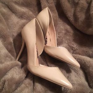 Nude Pumps size 8 Charlotte Russe
